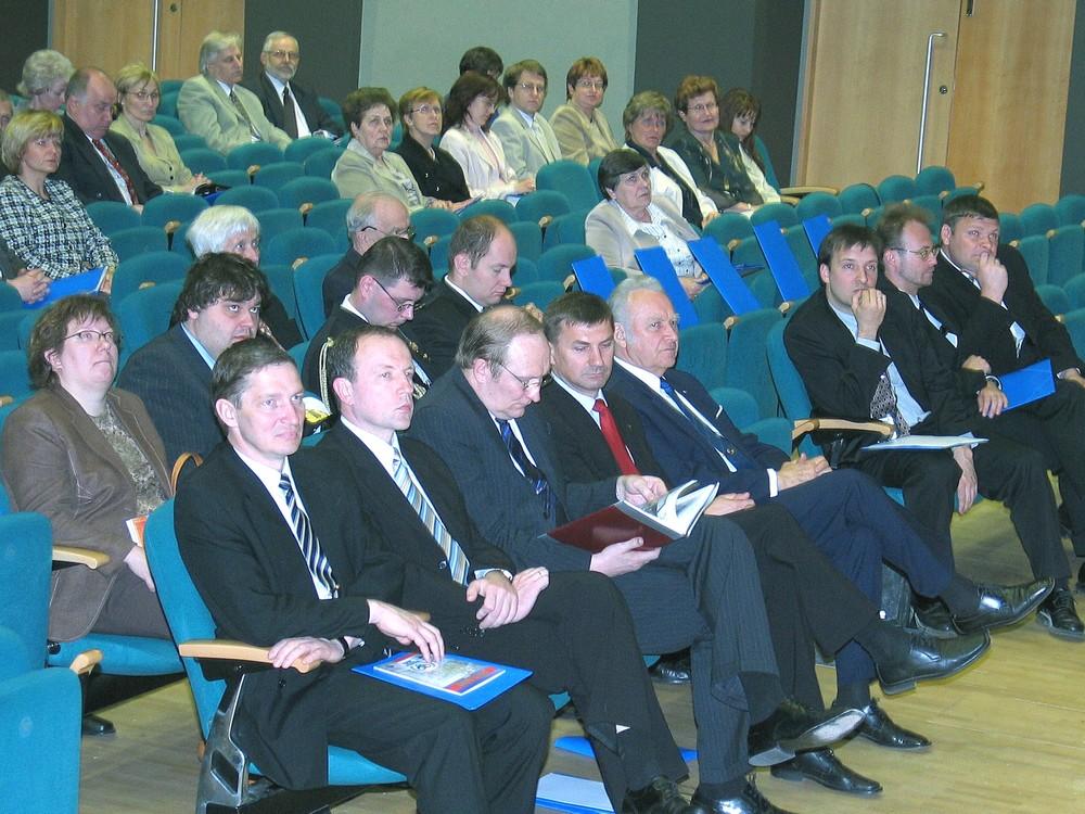 767d3f10531 lk8 konverents2004